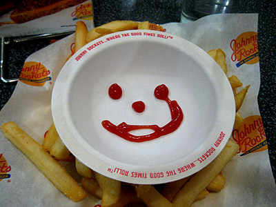 Scary catsup face at Johnny Rockets looks like Heath Ledger's Joker